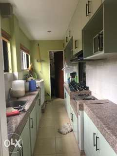 for sale pre owned house &lot  royale tagaytay estate