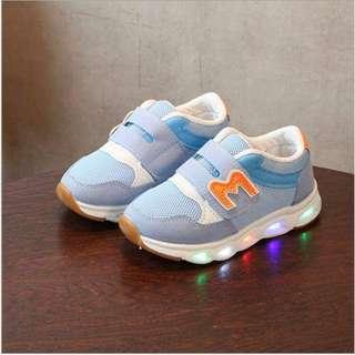 sepatu lampu anak( skeatcher shoes led)
