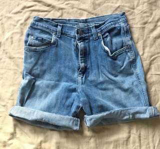 REPRICED DENIM HIGHWAIST SHORTS