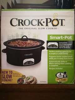 Bnew Crock Pot Slow Cooker for sale