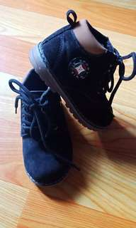 Kids shoes for boys size 23