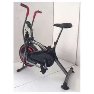 Platinum Bike 2 in 1 Sepeda Olahraga Fitness Pembakar Kalori Tubuh