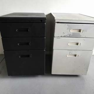 Small Three Tiers Drawers