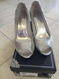 Wedding shoe size 34