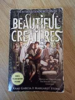 Beautiful Creatures (Kami Garcia & Margaret Stohl)