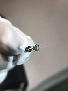 30份 GIA証書 YEG553297 30份單隻男裝18k6爪耳環