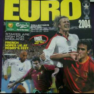 🚚 Euro 2004 Souvenir Magazine In Very Good Condition