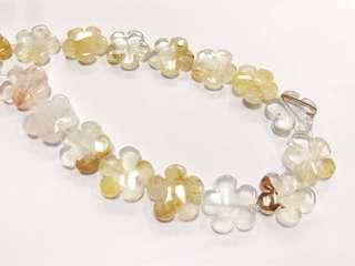 🚚 20mm黃白水晶梅花造型