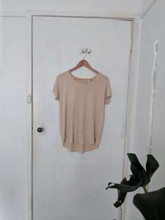 ST TROPEZ NUDE T-SHIRT (Size small)