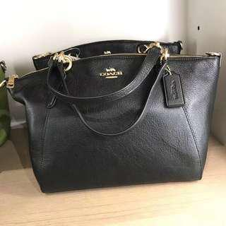 Coach Small Kelsey Classic Black