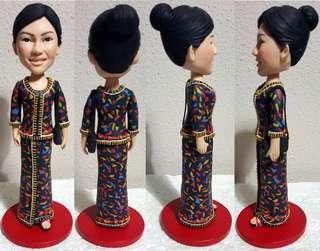 🚚 Fully Customized 3D Figurine - www.unusually.com.sg