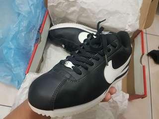 Nike Cortez Basic 72