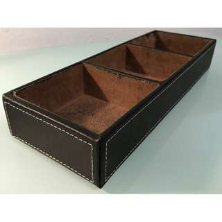 DESK TOP/DRAWER ORGANISER IN LEATHER LOOK