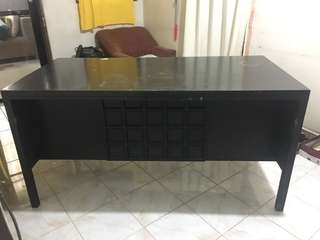 MARKED DOWN: OFFICE EXECUTIVE TABLE