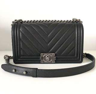 adebb1356147 LOOKING FOR: AUTHENTIC ONLY Chanel Boy Old Medium in Black Chevron Caviar  RHW/SHW