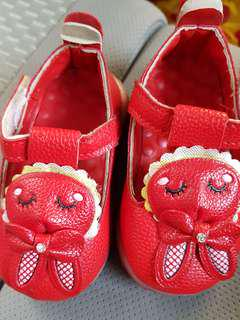Baby Shoes size 15 - price inc pos