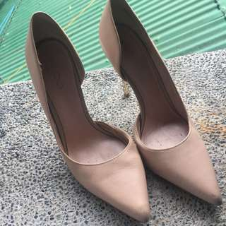 ALDO GENUINE LEATHER Nude Pumps with Gold Heel