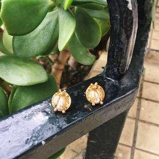 |復古系列| 金甲蟲仿珍珠耳環