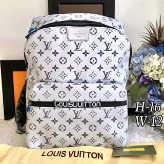 Unisex Louis Vuitton Bacpack