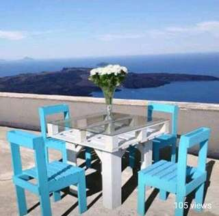 Table and Chair Set 💙