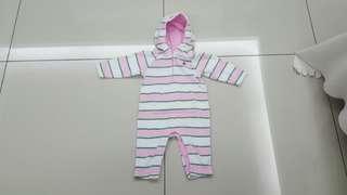 Baby Gap Sleepsuit (6months)