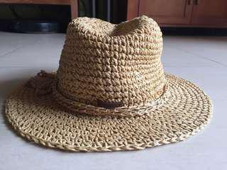 🚚 加拿大🇨🇦品牌roots草帽