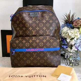 Unisex Louis Vuitton Backpack