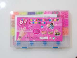 DIY Colourful Friendship Looms Bands