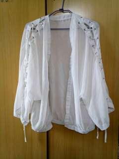 🚚 鏤空遮陽微透罩衫