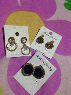 Korean earnings 3pcs.