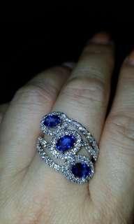 18K白金鑽石戒指👰🤵, 訂情之選😉好美款式, blue sapphire 喜歡快下手