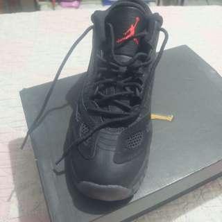Air Jordan 11 Retro Low BG