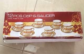 Cangkir set untuk tea/coffee