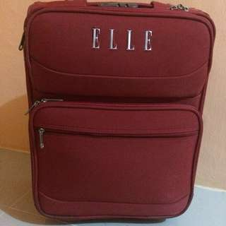 Elle luggage