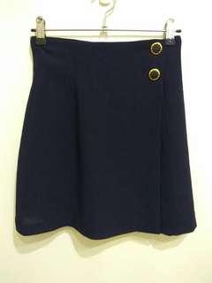 🚚 (二手) 深藍色 紗質 鈕扣裝飾 拉鏈褲裙/A字褲裙