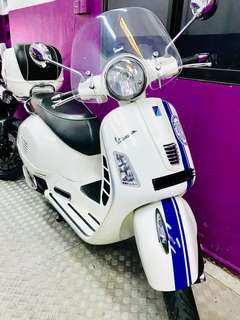 Beautifully kept Vespa GTS 300