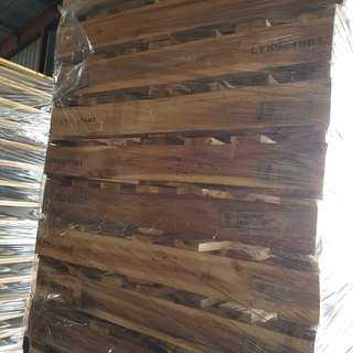 Pallets for warehouse