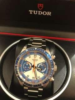 Tudor 70330B