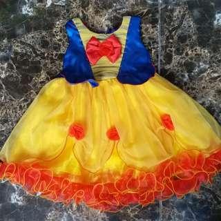 Dress snow white