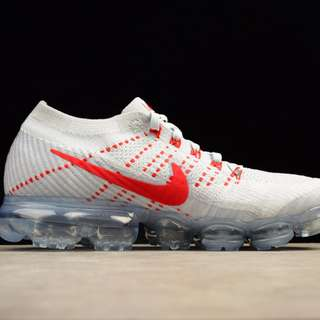 NIKE AIR VAPORMAX FLYKNIT - White Red