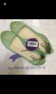 Flat Shoes The Little Things She Needs / TLTSN Size 39 Green
