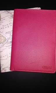 BN Citigold leather passport holder