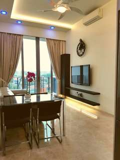 Avail 1st Aug on! Rare Beautiful 2 room convertible for Rent!