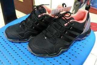 我最低價 保證原廠公司貨 愛迪達 Adidas TERREX AX2R W 女 登山鞋 BB4622 越野運動鞋 爬山鞋  健行鞋運動鞋 慢跑鞋