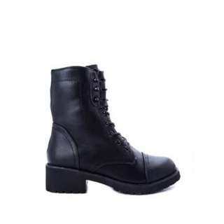 Combat Boots (barely used)