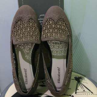 Sepatu Flat Shoes Elizabeth size 37