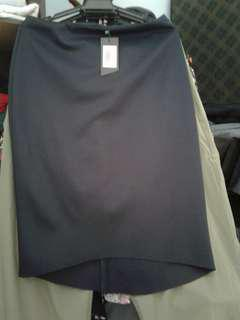 New with tag. Collection high Low midi skirt. NAVY BLUE.