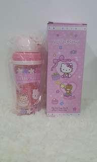 🚚 Hello Kitty Water Bottle