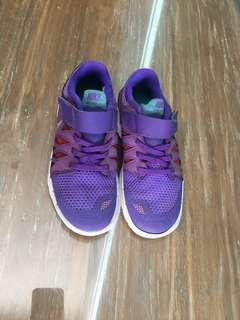Sepatu nike purple
