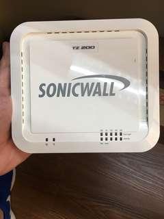 SONICWALL TZ 200